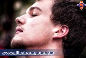 زبان بدن در سر